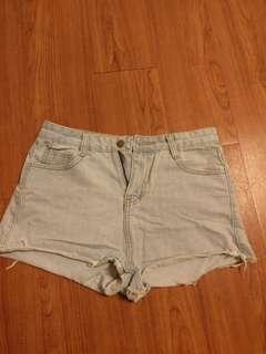 📣二手📣玫瑰🌹牛仔短褲