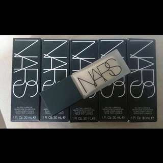 (final few pieces !) NARS COSMETICS ALL DAY LUMINOUS WEIGHTLESS FOUNDATION 30 ML/ 1 FL.OZ.