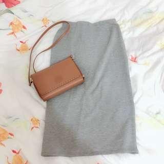 🚚 灰色窄裙