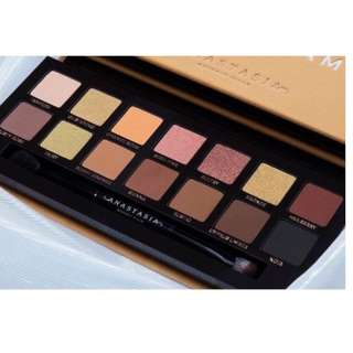 Anastasia Beverly Hills Soft Glam Eyeshadow Palette BRAND NEW & AUTHENTIC (NO SWAPS, PRICE IS FIRM)