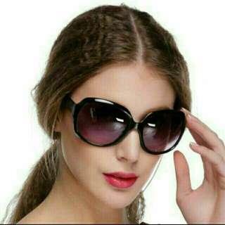 Retro Women Men Eyewear Fashion Sunglasses Oversized Shades