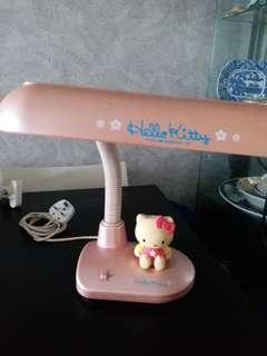 Hello Kitty 枱燈
