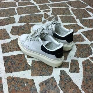 🚚 Mc queen 小白鞋 正品