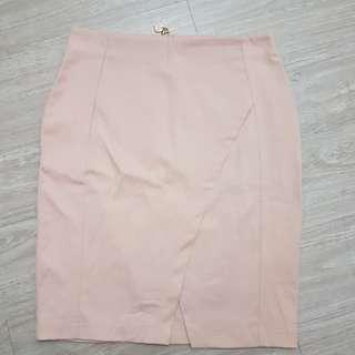 全新CRISTINA GAVIOLI裸色前開衩短裙-M號