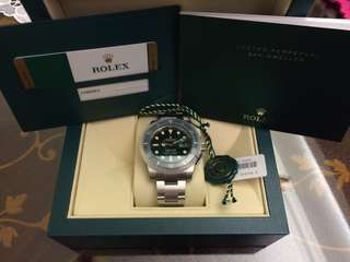 Rolex Submariner Hulk 116610LV *brand new with stickers*