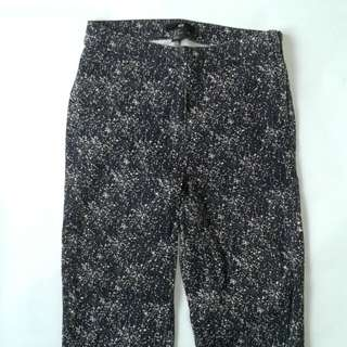 H&M High-Waisted Jeans