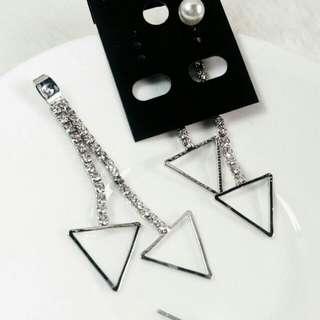 Stude segitiga mutiara