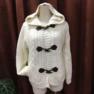 Sweater / Knit / Cardigant