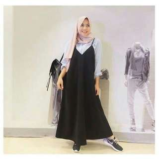 Sloopy dress hitam