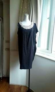 XING 珍珠鑽領 單肩蝴蝶袖洋裝