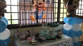 [RENTAL] Baby Mickey Birthday Props