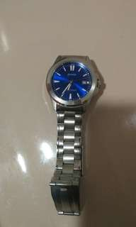 Selling my Casio Watch.  Rarely used. With box and bought at Sm Ayala Makati