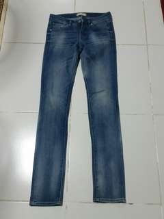 Uniqlo skinny tapered jeans