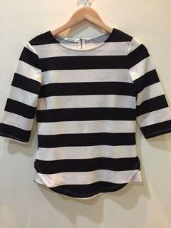 Stripe black white top