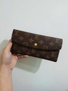 LV classic clutch wallet