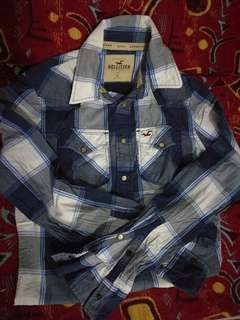 Hollister long sleeves polo for men size small