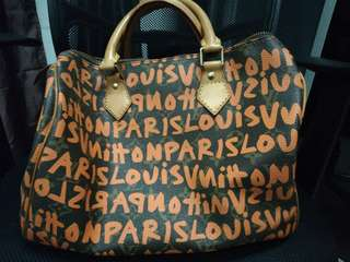 LV Speedy 30 gravity editions