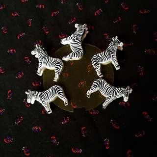 Zebra clips