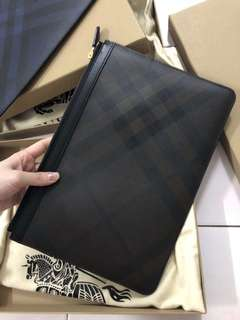 Authentic Burberry Unisex Clutch
