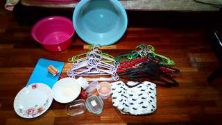 Hanger thermal basin storage chop board plate bowl