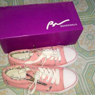 Preloved Boardwalk Pink Detailed shoes size 7