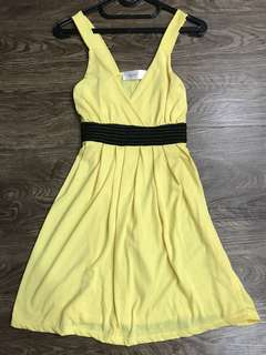 Yellow Dress - Avenue