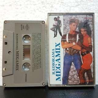 Cassette》RadioRama Megamix