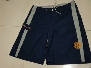 Maui and Sons oversize/loosefit shorts