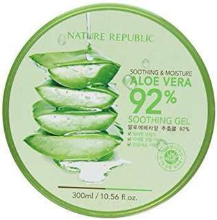 Soothing and Moisture Aloe Vera 92% Gel