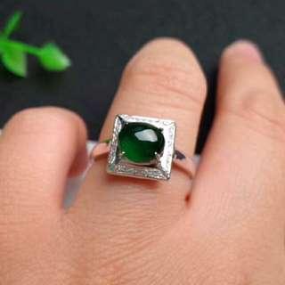 🍀18K White Gold - Grade A  冰种 Icy Green Cabochon Jadeite Jade Ring🍀
