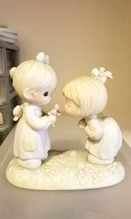 Precious Moments 陶瓷公仔正品521817