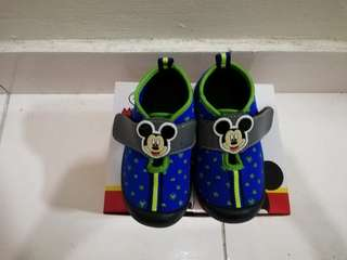 Mickey mouse shoe for boy
