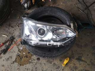 Head lamp avanza /xenia