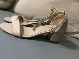 Baby pink strap-on block heels