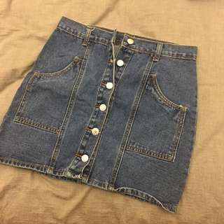🚚 網拍排扣短裙