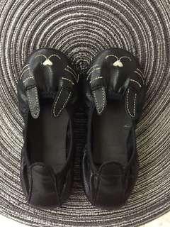 黑色兔子娃娃女童鞋