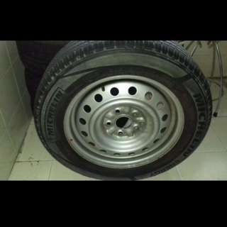 SPARE TYRE n Rim FOR UR TOYOTA CAMRY, selling my new one for $99