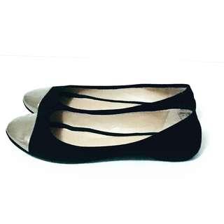 DKNY Ballet Flats Size 9