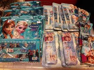 Lot of 15 Frozen Stationery Sets Clearance