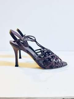 Authentic MANOLO BLAHNIK Woman's Heels In Snakeskin Purple heels sandals. Size 37.5