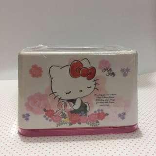 🚚 Hello Kitty 小面紙盒