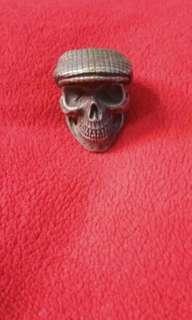 Skul Ring, Metal ring