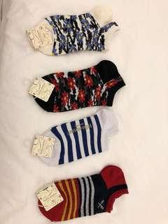 Socks x4 ( bought in Japan)