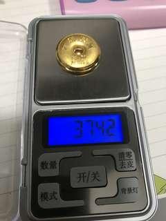 六福珠寶 999.9 金粒 一兩(37.429g)