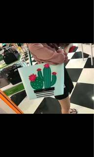Kate Spade new arrival cactus tote