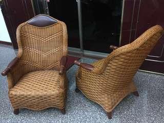 木雙層籐編椅兩張-大降價囉