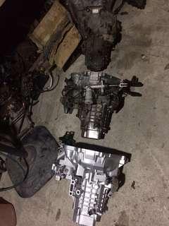 Gearbox manual dan flywheel utk wira satria putra saga iswara sila baca detail