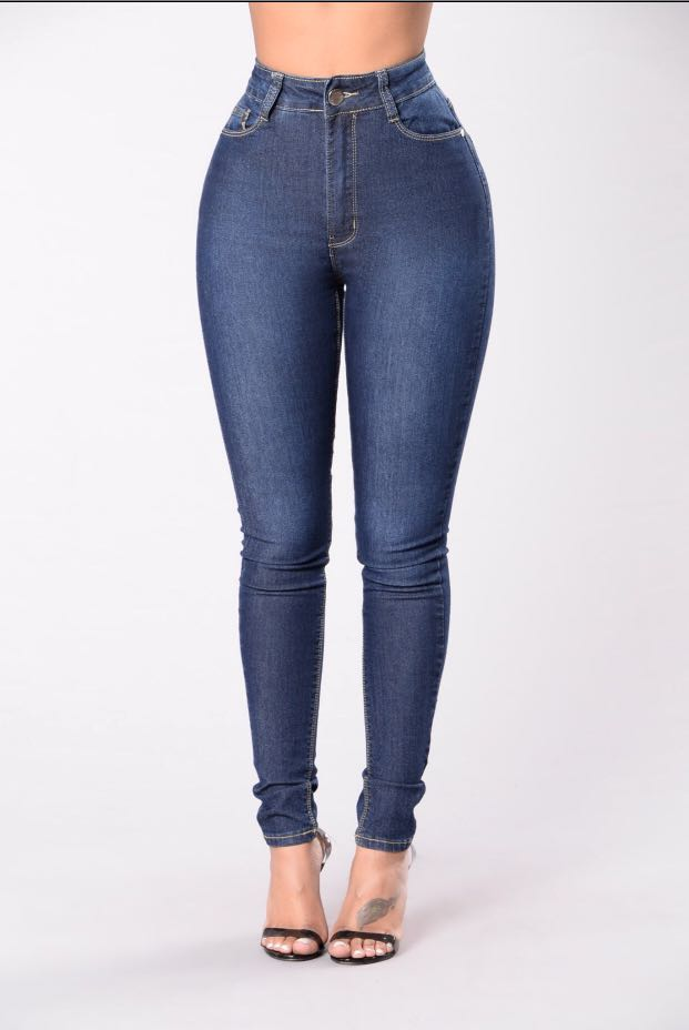 7de7f749bc 💥INSTOCK Plus size Jeans Fashion Nova ! 💥