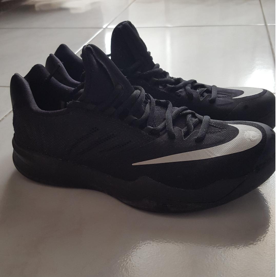 Nike Zoom Black Size 42EUR Preloved Fesyen Pria Sepatu Di Carousell