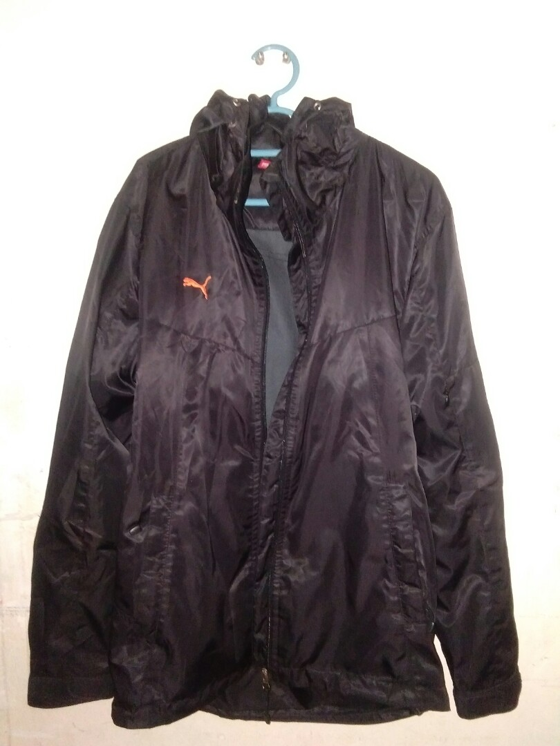 e82c63b0c Original puma jacket size M unisex condition 10/10, Sports, Athletic ...